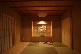 自然素材の木組みの家 和室